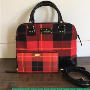 Kate spade purse and matching wallet.